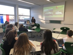 Spannende Einblicke in den Arbeitsalltag der Ideengärtnerei Müller beim Firmentag an der Mittelschule Thüringen
